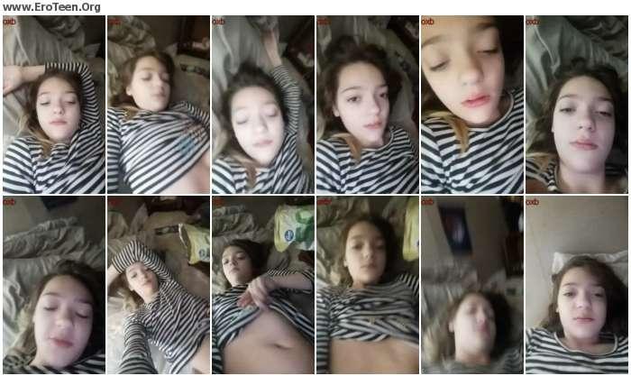 156da71020281464 - 18 Year Old Girl Posing Nude At Home 09