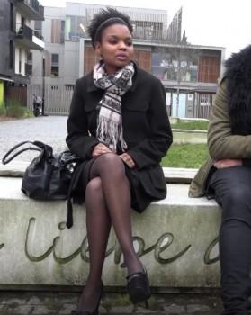 Siradia - Siradia, 23ans, coquine et chanteuse (2018) 1080p