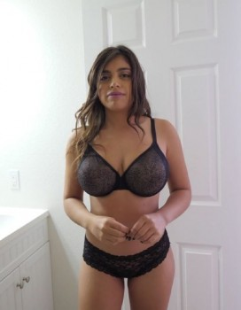 Ella Knox - Big Natural Tits POV (2018) 1080p
