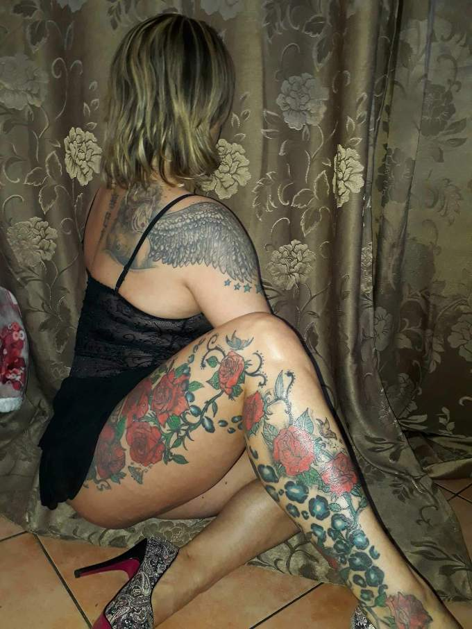donna-cerca-uomo viterbo 3512730072 foto TOP