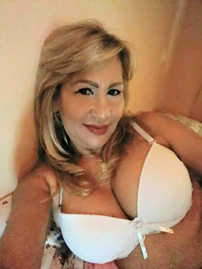 donna-cerca-uomo taranto 3206178900 foto TOP