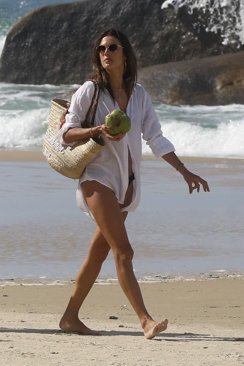 Alessandra Ambrosio in a Bikini by the Hotel Pool in Rio