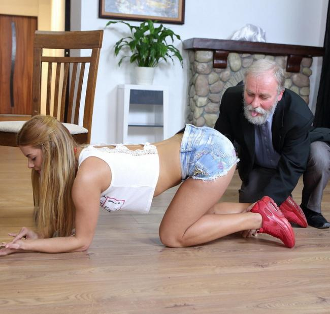 Chrissy Fox - Old man pays a hot delivery girl with sperm (2021 Old-n-Young.com TeenMegaWorld.net) [FullHD   1080p  1.45 Gb]