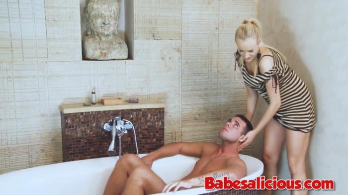 Unknown - HOT Babe Foot Job in the Bath (2021, Babesalicious) [FullHD   1080p  448.48 Mb]