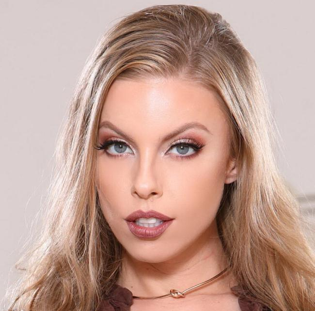 Britney Amber - Sexy Real Estate Agent Fucks For Sales (2021 HandsOnHardcore.com DDFNetwork.com) [HD   720p  1.54 Gb]