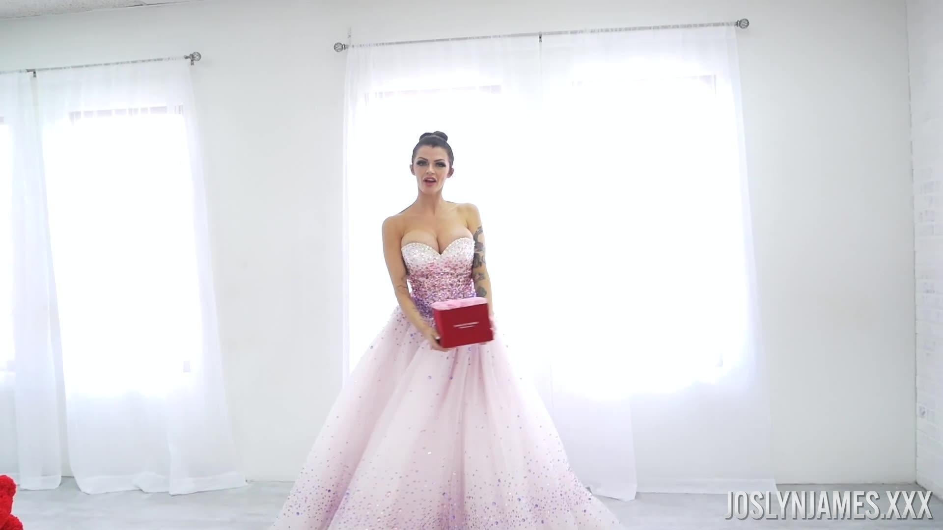 PornstarPlatinum 20 09 05 Joslyn James in Ball Gown Love XXX 1080p MP4-OiLED