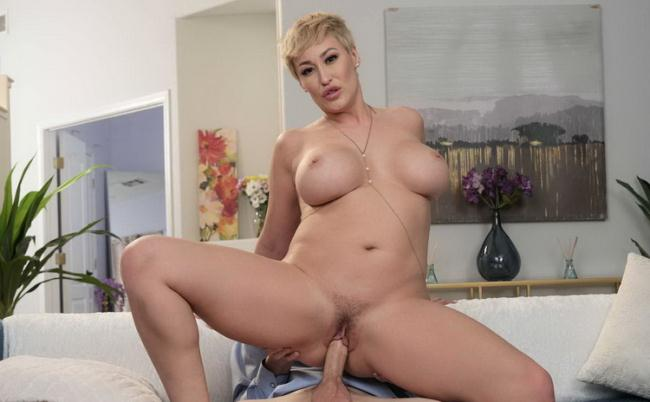 Ryan Keely - Hot Milf Ryan Keely Catches Her Son's Friend Peeping On Her, So She Gives Him What He Wants! (2021 MyFriendsHotMom.com NaughtyAmerica.com) [FullHD   1080p  1.64 Gb]