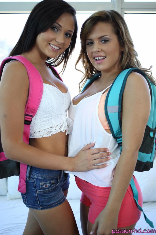 Ariana Marie, Keisha Grey: Last Day of School[SD 420p 238.14 Mb]