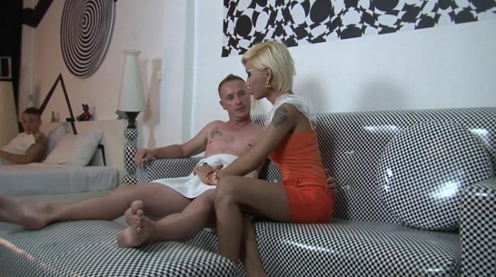 ThirdWorldXXXTrans: Short Haired Blonde Shemale Beauty Takes two Dicks Starring: Unknown