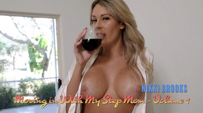 Nikki Brooks - Step Mom gives me Tour of the new House and her new Tits (2021 LukeLongly) [FullHD   1080p  417.16 Mb]