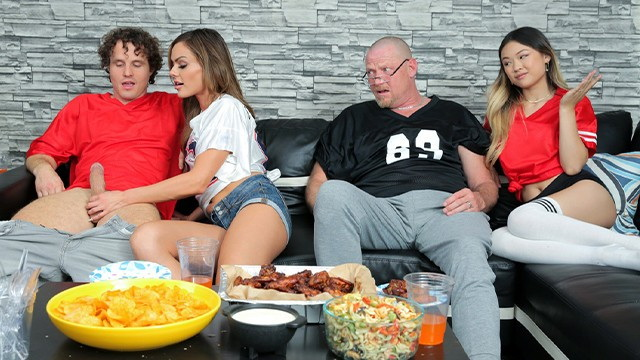 Lulu Chu - If your team wins then swap mom and I will show you our titties (2021 FamilySwa x XX) [HD   720p  137.82 Mb]