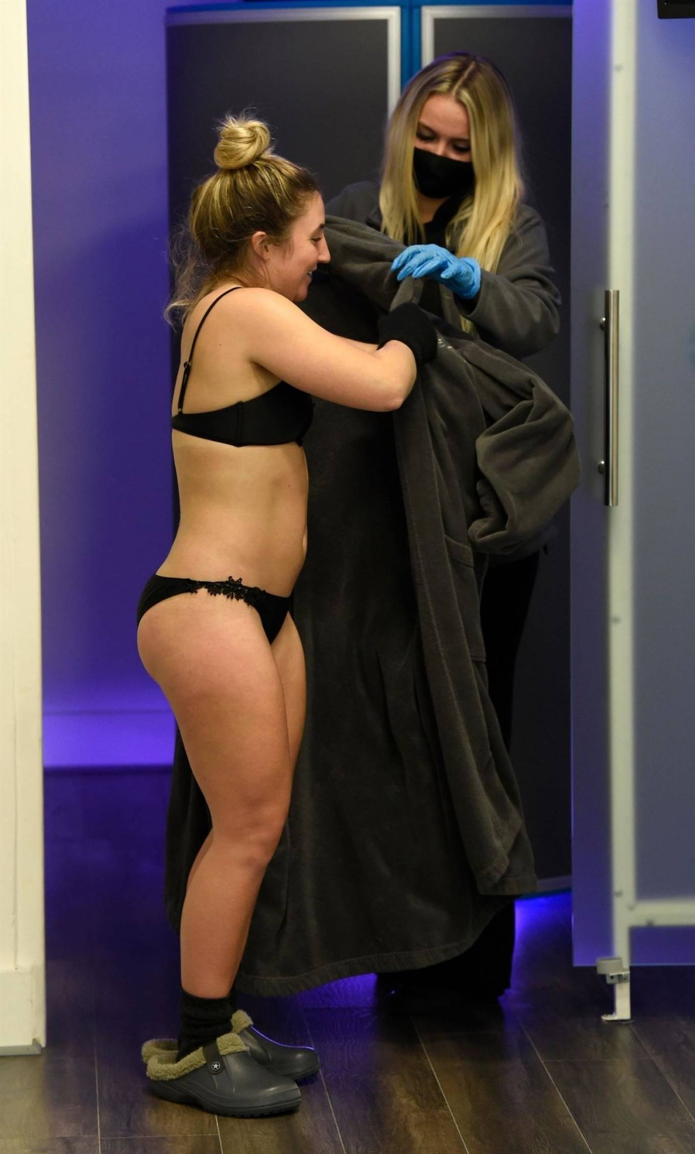 Jazmine-Franks---Pictured-at-the-Cryo-Lab-in-Manchester-17.jpg