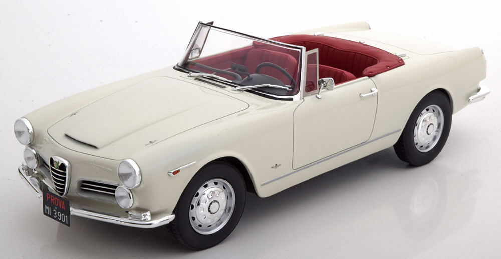 Cult Scale Models 1-18 Touring 2600 cabrio.jpg