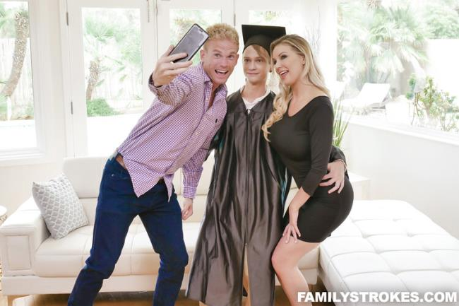 Kenzie Taylor - Cap And Gown Dick Down (2020 FamilyStrokes.com TeamSkeet.com) [SD   360p  360.67 Mb]