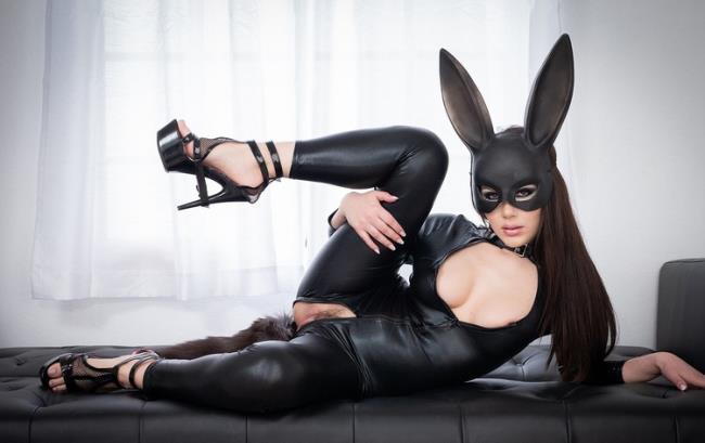 Valentina Nappi - Cosplay Double Anal With Valentina Nappi (2021 FirstClassPOV.com Spizoo.com) [FullHD   1080p  2.6 Gb]