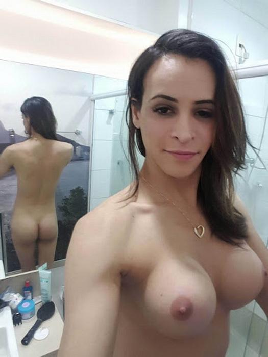 OnlyFans: Thursday s full scene Starring: Carla Brasil