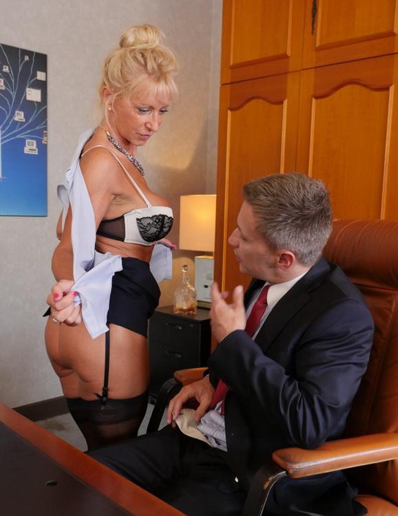 Marina Beaulieu - Busty French mature Marina Beaulieu enjoys anal sex with DP in threesome (2021 PornoAcademie.com PornDoePremium.com) [FullHD   1080p  1.3 Gb]