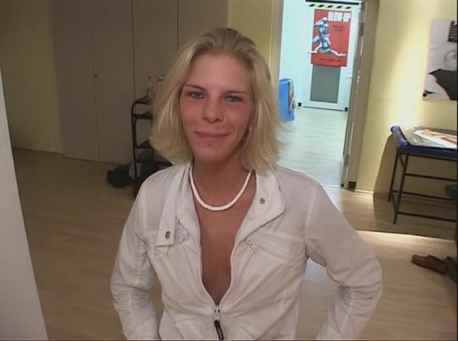 Bukkake: Monika Starring: Monika Sommer aka Natascha Wetzig