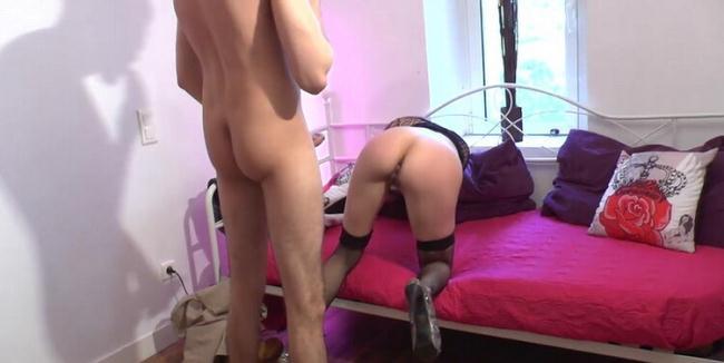 Sheina - Sheina fait des cochonneries dans le dos de son mari (2021 LaFRANCEaPoil.com) [HD   720p  842.95 Mb]