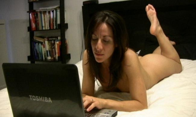Unknown - Webcamming with Step Dad (2021 Taboo-Fantasy Clips4sale) [SD   480p  252.34 Mb]
