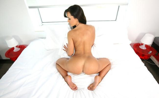 Lisa Ann - Lisa Ann's Enormous Ass Gets Anal Sex (2021 AssParade.com BangBros.com) [HD   720p  965.7 Mb]