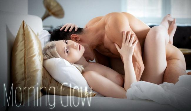 SexArt.com: Morning Glow Starring: Roxy Risingstar