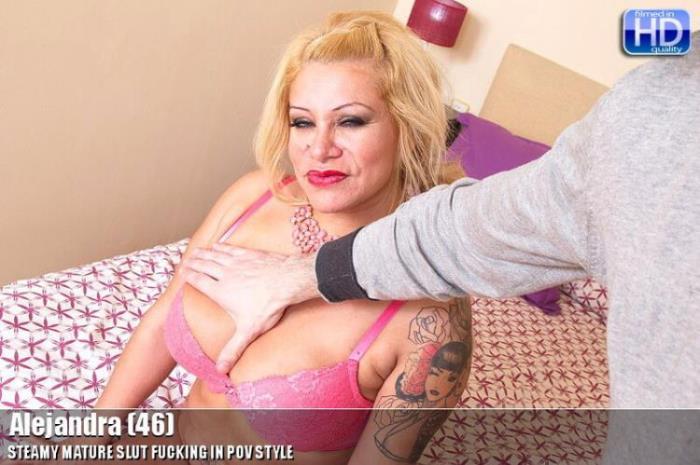 Mature.nl: mat-profpov015 Starring: Alejandra