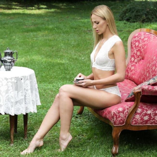 21EroticAnal.com 21Naturals.com: Deep Anal Romance Starring: Afina Kisser