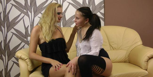 Kinky Niky - Kinky Niky, Sofia Gadget in sexy lesbian anal fisting and prolapse (2021 AlexExtreme) [FullHD   1080p  502.34 Mb]
