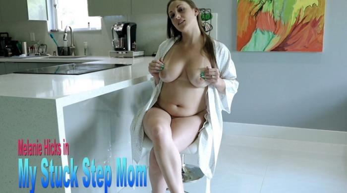 Cory Chase - Fucking my Stuck Step Mom (2021 LukeLongly) [FullHD   1080p  1.11 Gb]