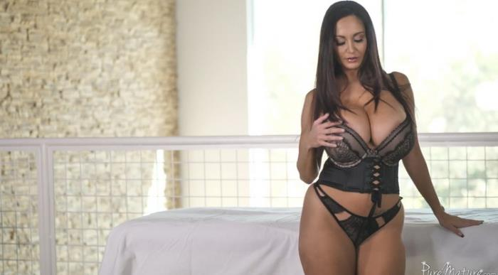 PureMature: Huge Tit MILF Ava Addams Gets Oiled up - Fucked by her Masseurs Big Dick Starring: Ava Addams