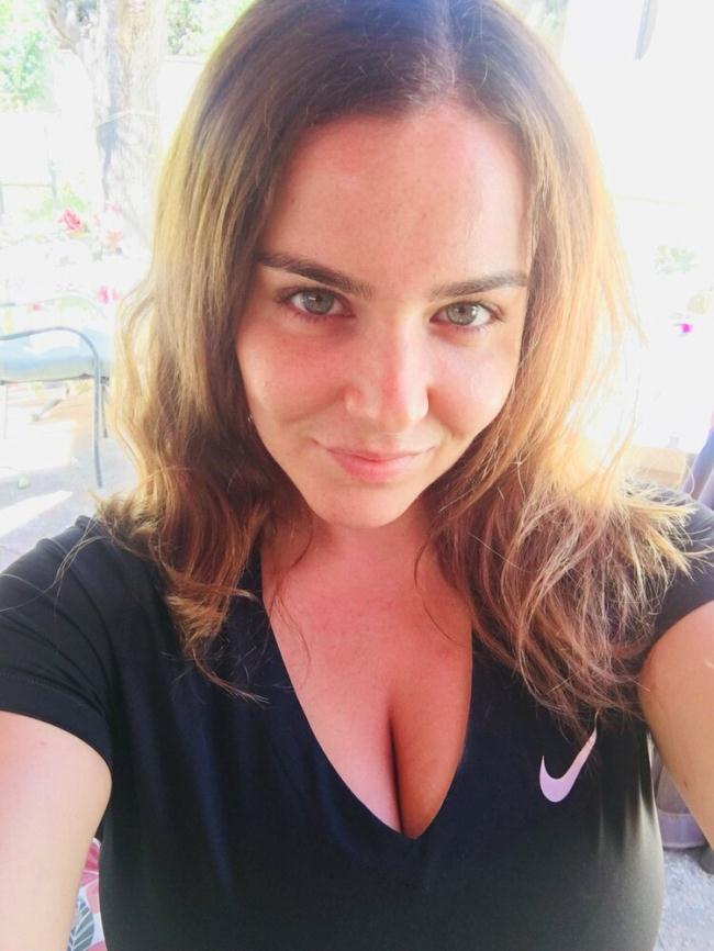 Natasha Nice - Natasha Nice Returns the Favor (2020 Brad Knight ManyVids.com) [FullHD   1080p  962.75 Mb]