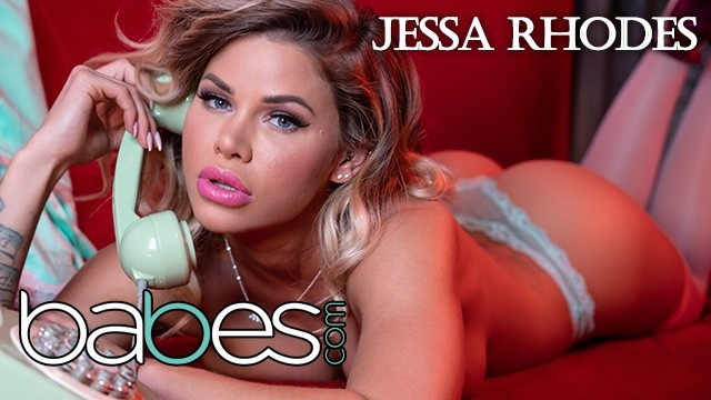 Jessa Rhodes - Big tit Phone Sex operator Jessa Rhodes rides bbc in pink stocking (2021, Babes) [FullHD   1080p  426.5 Mb]