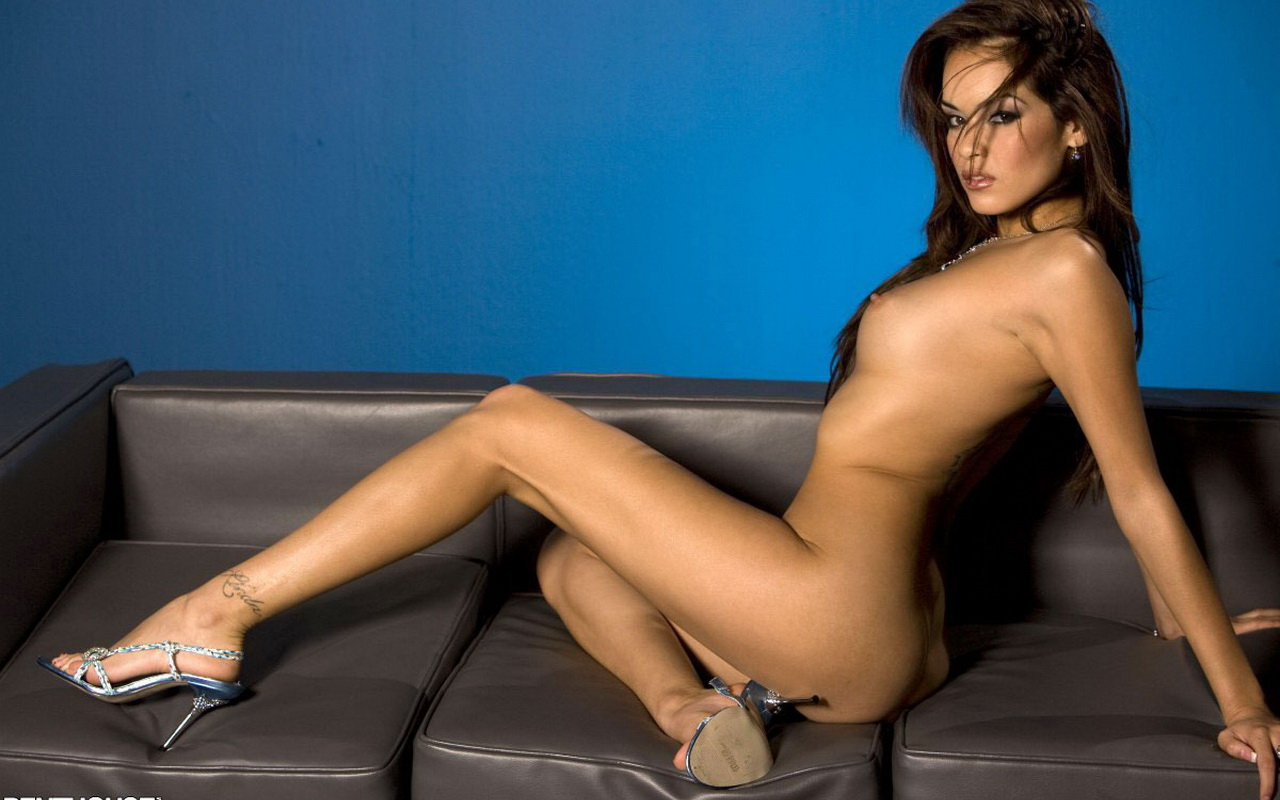 Daisy Marie Young Nude