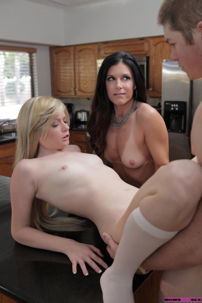 Bailey Bradshaw - Study Session Turns Sexual (2020 MomsTeachSex.com) [HD   720p  1.04 Gb]