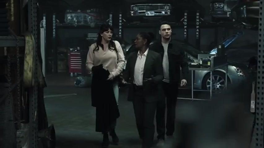 9-1-1 Lone Star S01E08 (14).jpg