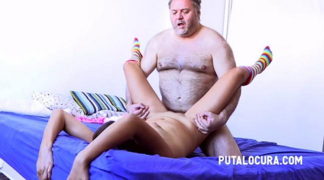PutaLocura.com: FULL OF MILK (LE INUNDO DE LECHE) Starring: Camila Bow