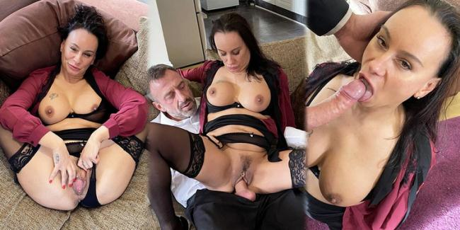 PascalsSubSluts.com: Boardroom bitch dressed down with dick Starring: Eva May