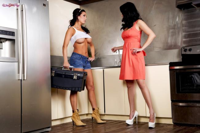 WhenGirlsPlay.com Twistys.com: Working On Her Plumbing Starring: Jelena Jensen