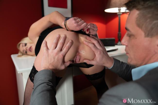 Elizabeth Romanova - Blonde wife handcuffed and fucked - (2020 MomXXX.com SexyHub.com FullHD 1080p)