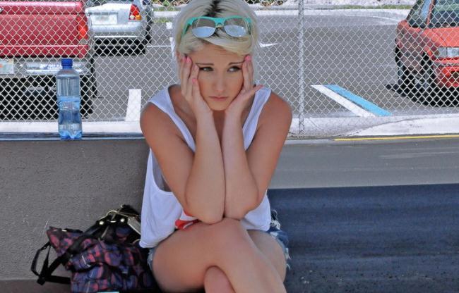 Dani Desire - Blonde Cutie Fucks a Complete Stranger In His Car (2021 StrandedTeens.com Mofos.com) [SD   272p  289.91 Mb]