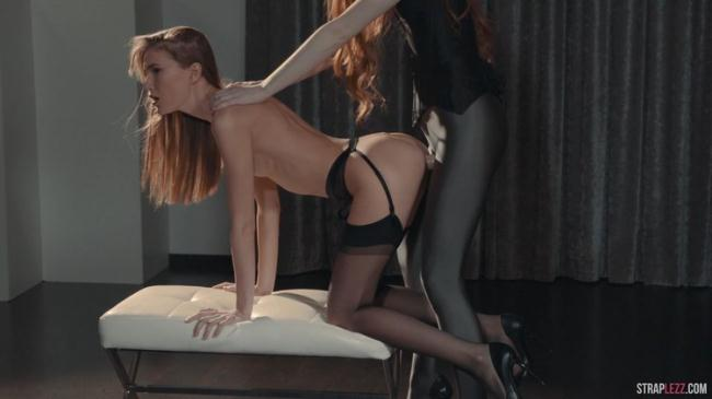 Rossy Bush - Mia Reese, Rossy Bush and Seductive Stockings (2020 StraplessDildo.com) [FullHD   1080p  1.76 Gb]