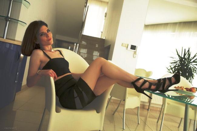 Sara Bell - Horny Italiana (2021 Asshole fever 21Sextury.com) [FullHD   1080p  1.05 Gb]