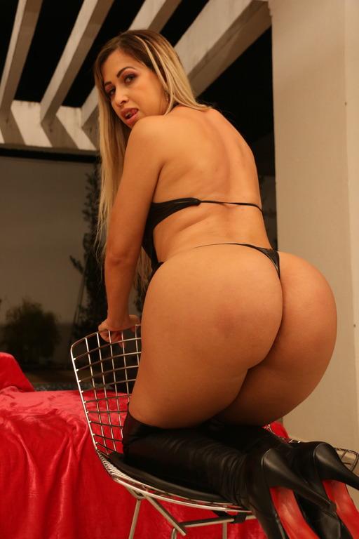 Mirella Mansur - Latina bubble butt Mirella Mansur assfucked DAPed BZ008 (2020 LegalPorno.com) [HD   720p  1.88 Gb]